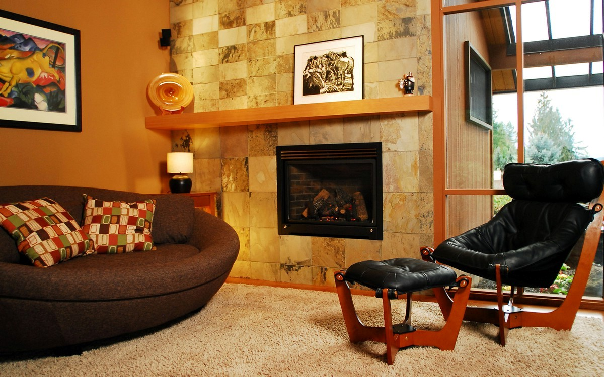 Fireplace mantel woodworking plans on CustomFireplace Quality